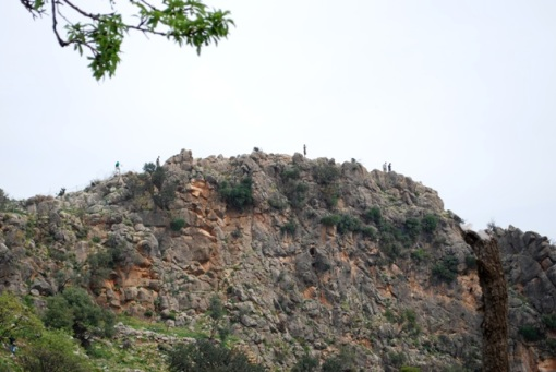 Mountain goats/FSPers ascend the North acropolis at Lato.