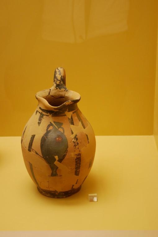 Meta-pottery at the Agora museum.