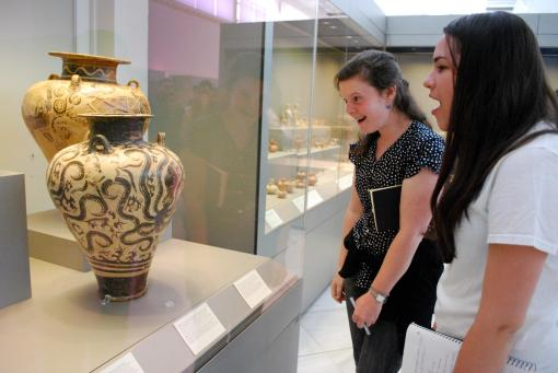 "Dallis and Ally ""geek out"" over a great Minoan octopus."