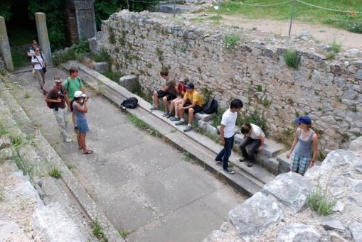 The Roman latrine.