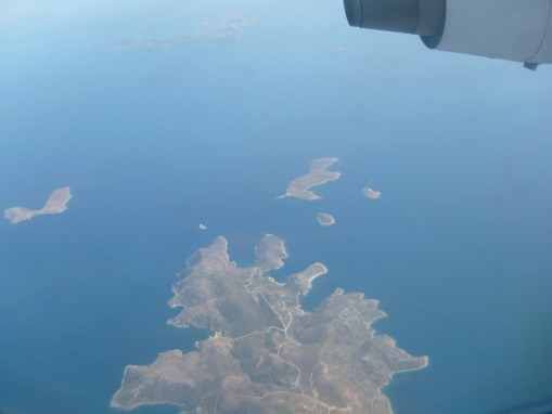A smooth flight over the Cyclades back to Athens.